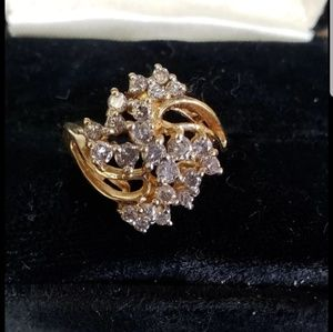 Jewelry - 14kt solid gold and genuine diamonds ring